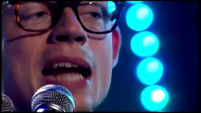 Видеоклип на песню Hanging Rock (Live at Pohoda Festival 2017) - Jarle Bernhoft - So Many Faces + A Bad Place to Reside - Live @ Lydverket