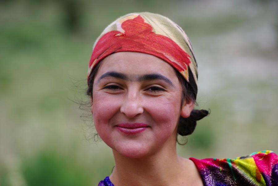 Поздравление, картинка девушка таджики приколы